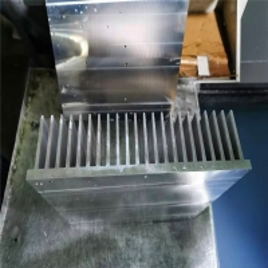 Buy cheap IATF16949 Welding Aluminum Heat Pipe Heatsink For Electric Vehicles product