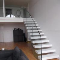 Buy cheap Customized Floating Stairs / Cantilevered Staircase with Oak Wooden Tread product