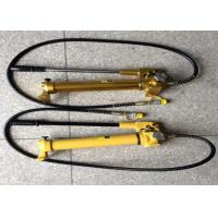 Buy quality Light Weight Hydraulic Hand Pump Manual Pump 900cc For Hydraulic Jacks at wholesale prices