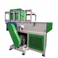 Buy cheap Pe Pp Pvc 3000kg/H Plastic Shredder Machine With Harder Blade product