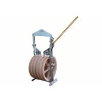 Buy cheap Nylon Large Diameter Pilot Wire Rope Stringing Blocks product