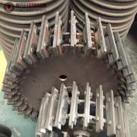 Buy cheap 30mesh Rotary And Fixed Pulverizer Blade Plastic Machine Parts product