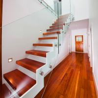 Buy cheap Supply DIY Red Oak Wood Floating Stairs Solid Wood Stair Treads product