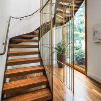 Buy cheap Easy Installation Home Design curved staircase Metal Entrance timber Curved Stair product