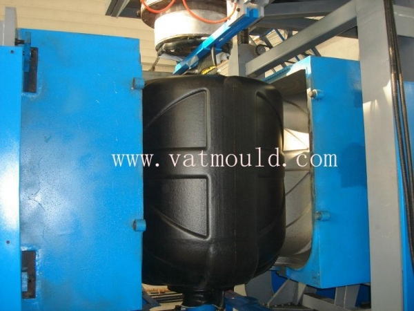 China Water tank blow mold Product Number: 1084